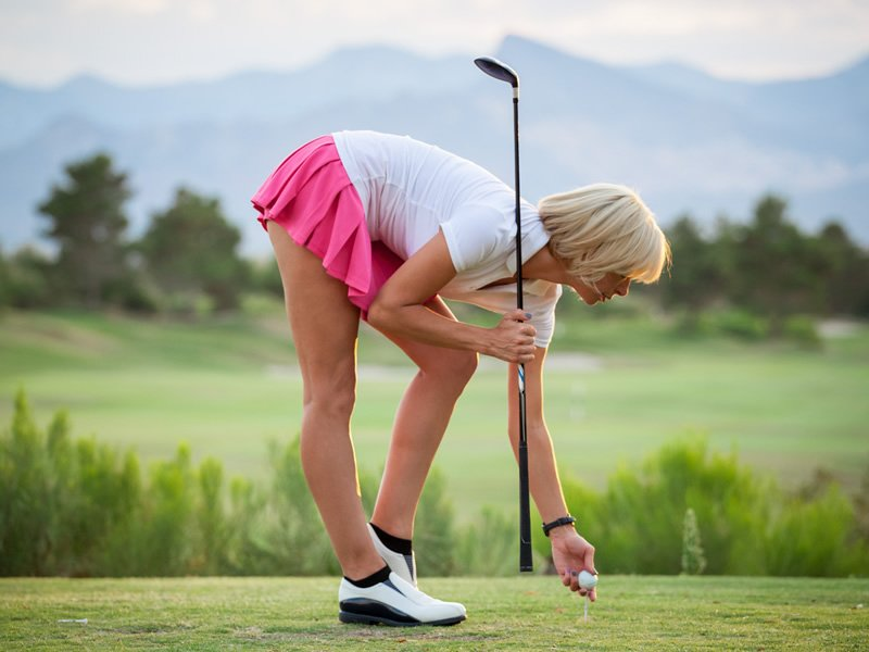 naked-women-on-the-golf-course