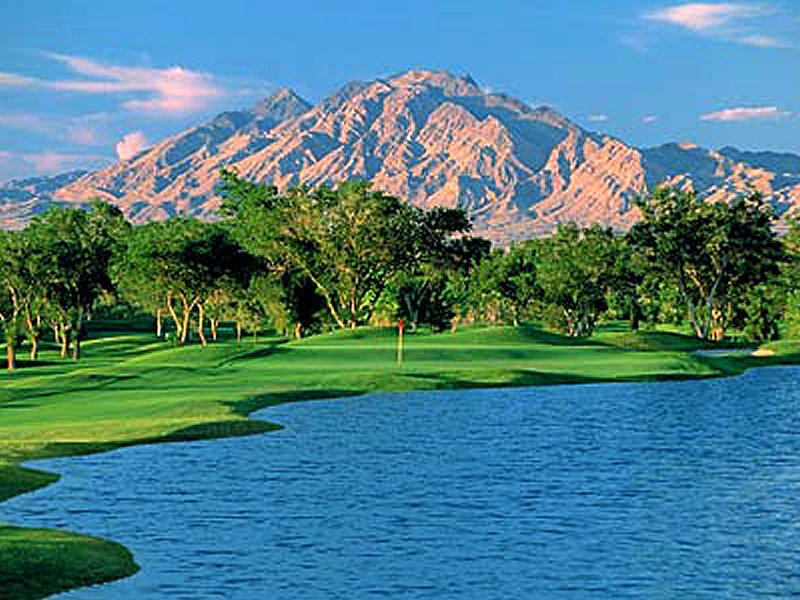 Las vegas golf courses near the strip